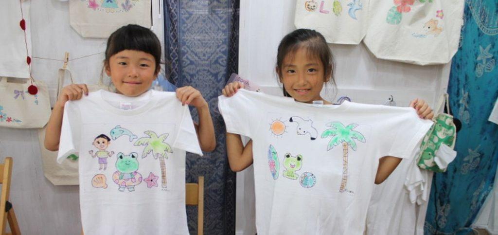 子供たちが作った手描きTシャツ