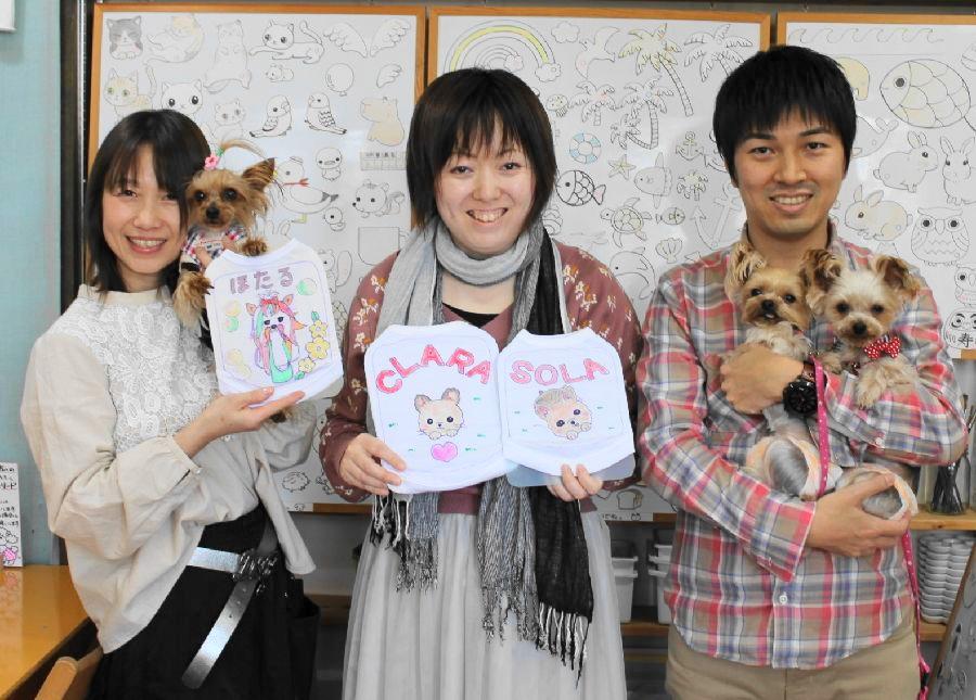3人で作ったヨーキーたちの手描きワンコTシャツ