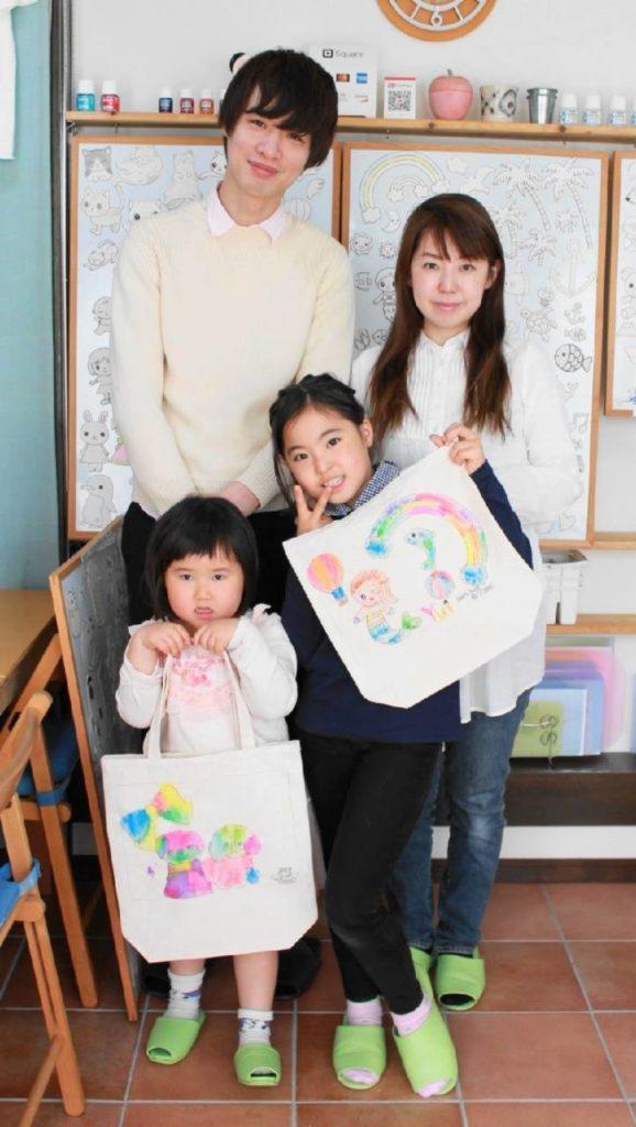 姉妹で作った手描きトートバッグ