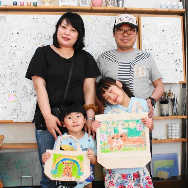 家族で作った手描きトートバッグ