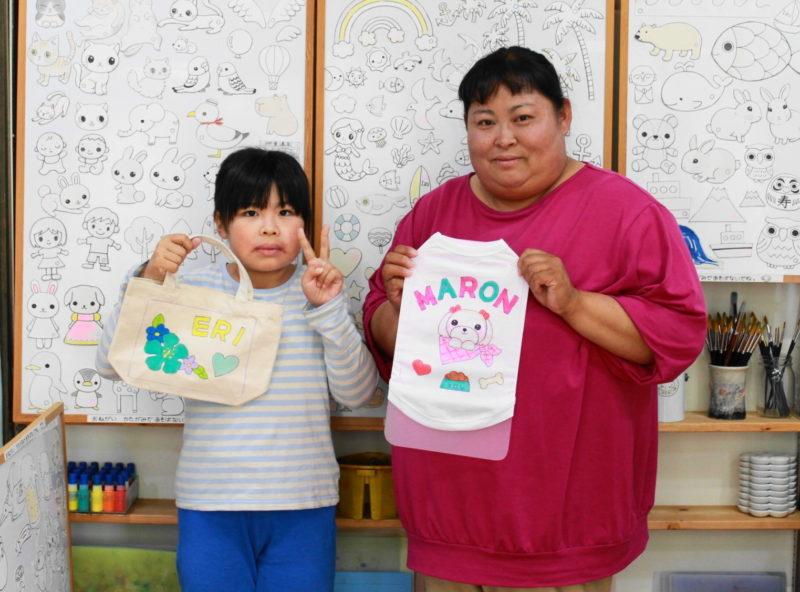 リピーター親子さんの手描きトートバッグと手描きワンコTシャツ