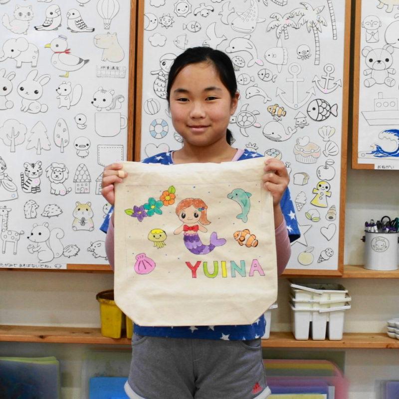 女の子が作った手描きトートバッグ