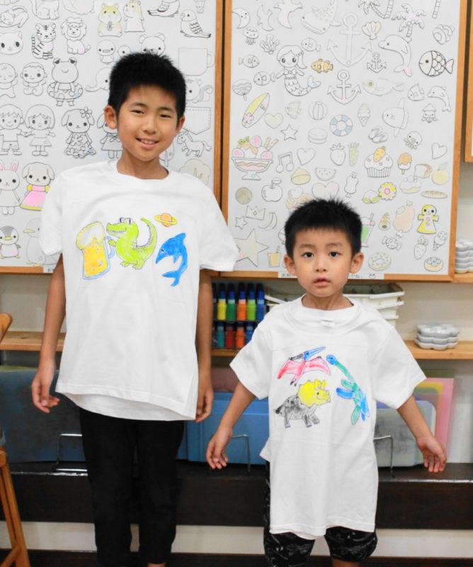 兄弟で作った手描きTシャツたち