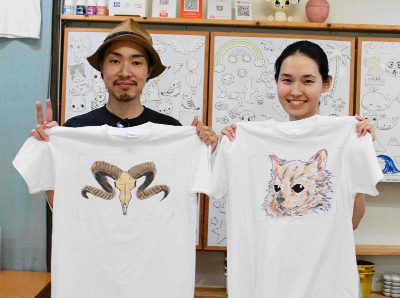 カップルで作ったカッコいい手描きTシャツたち