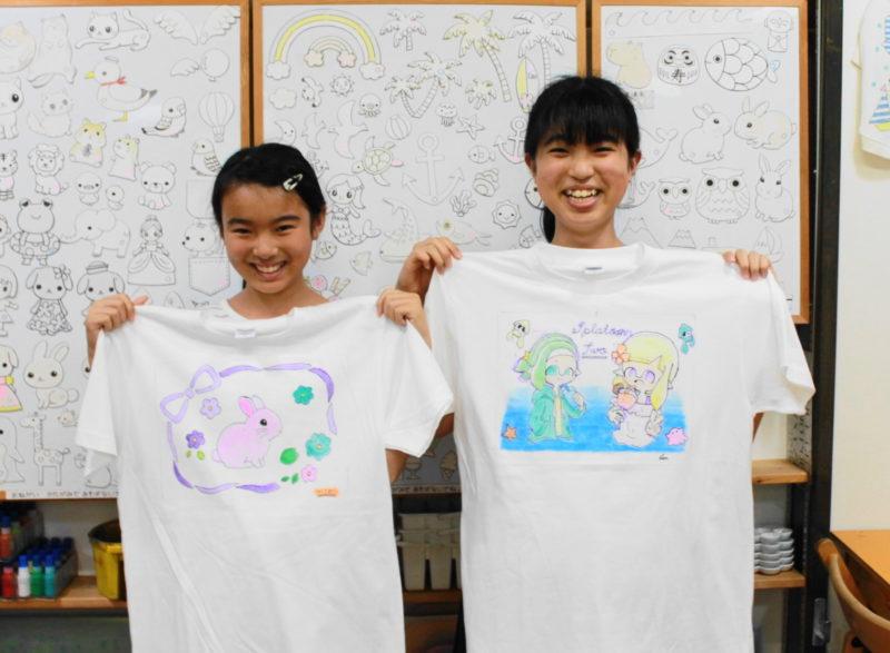 姉妹で作った手描きTシャツたち