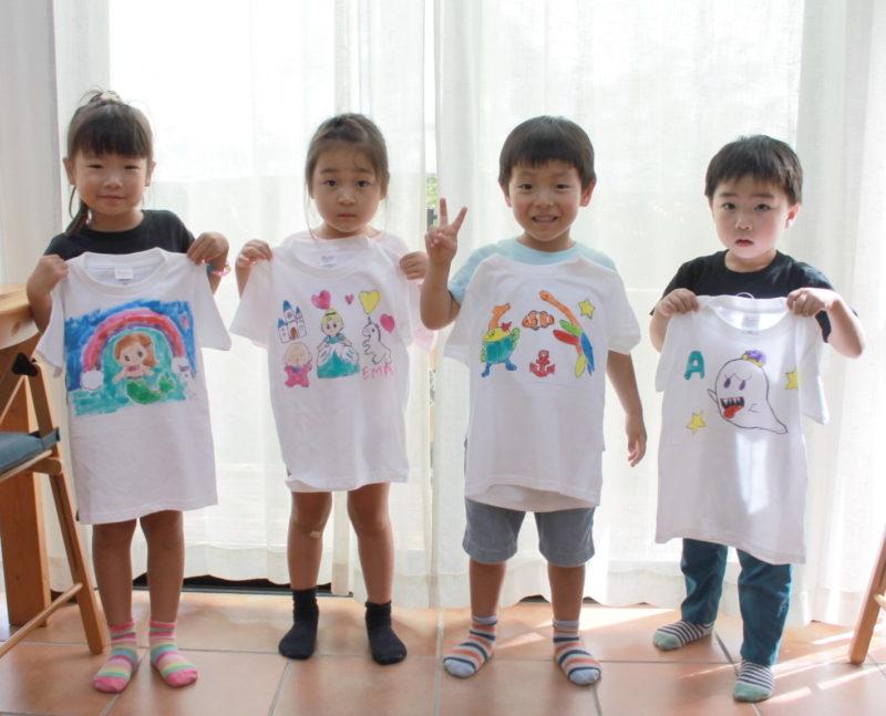 幼児たちで作った手描きTシャツたち
