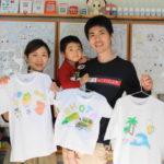 親子で作った手描きTシャツ