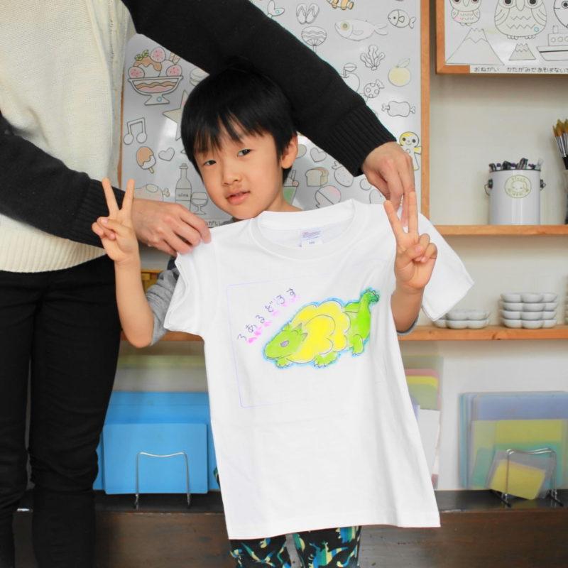 男の子が作ったゲームキャラの手描きTシャツ