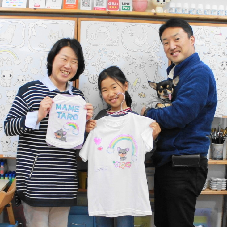 チワワMAMETAROくんが主役の手描きTシャツと手描きワンコTシャツ
