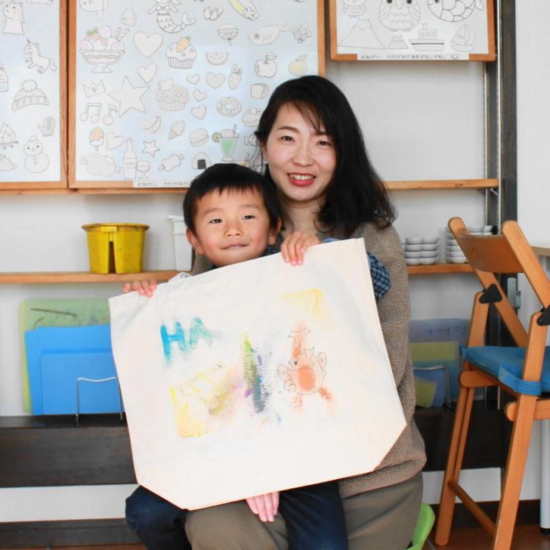 男の子が作った手描きトートバッグ