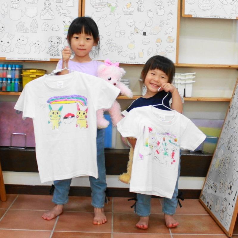 姉妹で仲良く作った手描きTシャツ