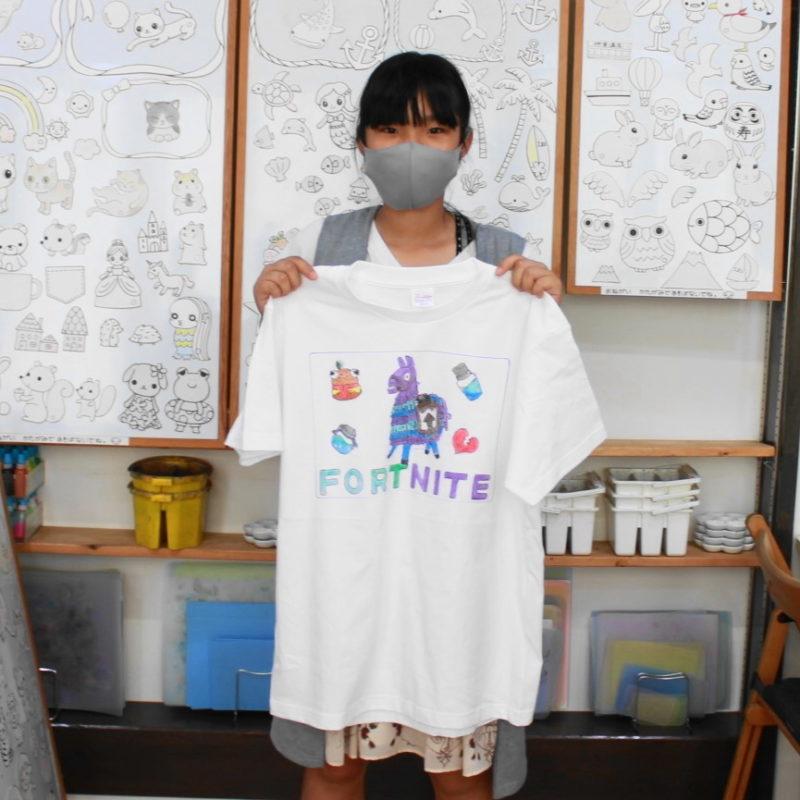 女の子が作ったゲームキャラの手描きTシャツ