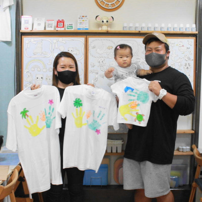 親子で作った手形Tシャツたち