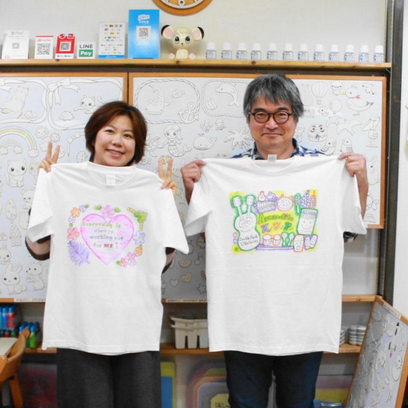 夫婦で作られた手描きTシャツ